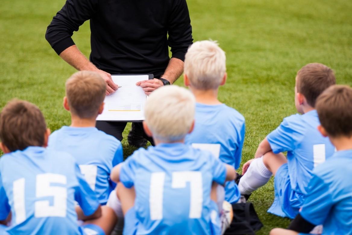 311431c4ab2416 Jak zostać trenerem piłkarskim? Doradzamy miłośnikom piłki - blog ...