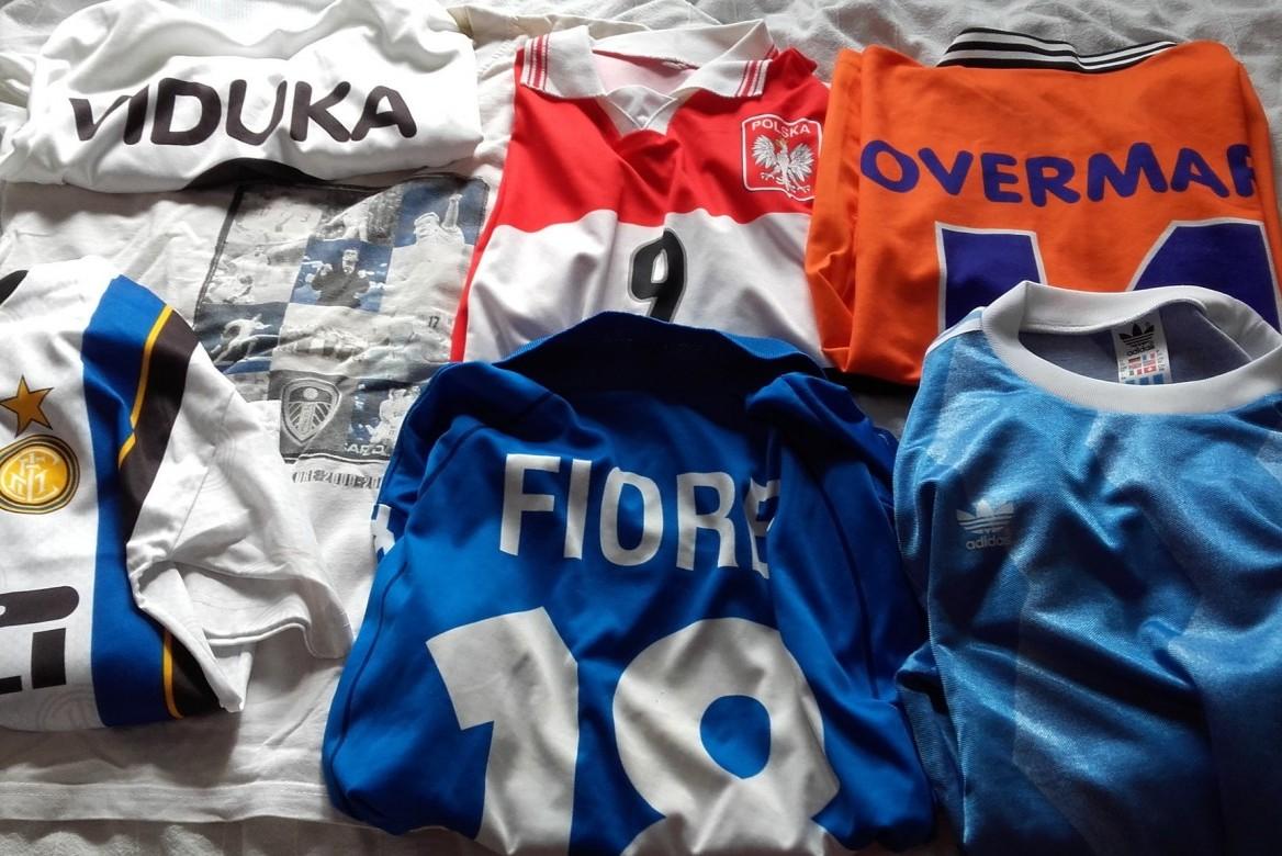 Kolekcja koszulek piłkarskich Bartosza Nosala.