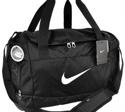 Torba sportowa Nike Club Team Swoosh Duffel czarna