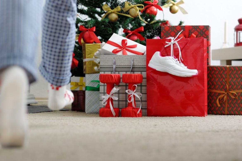 Sportowe prezenty pod choinkę do 20, 50, 100 i +150zł. Poradnik dla św. Mikołaja