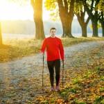 Uważaj, jak chodzisz! Najczęściej popełniane błędy podczas nordic walkingu