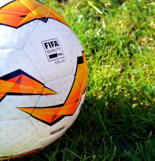 Oficjalna piłka Molten UEFA- recenzja sportbazar blog 3
