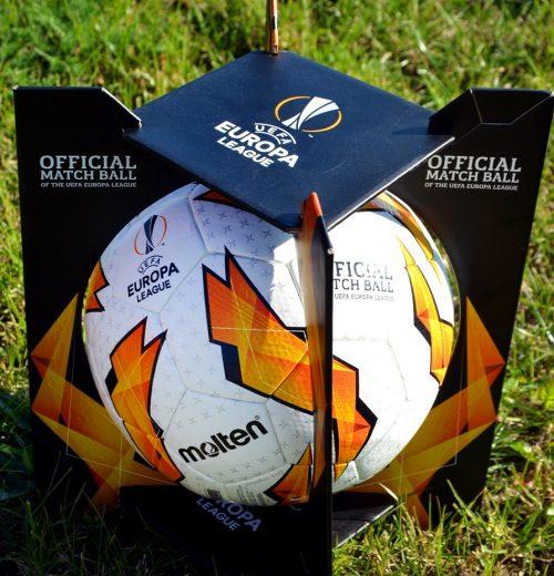 Oficjalna piłka Molten UEFA- recenzja sportbazar blog 4