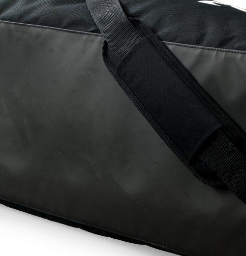 Torba na siłownię adidas Linear S99959 czarna -ochraniacz na pasie nośnym