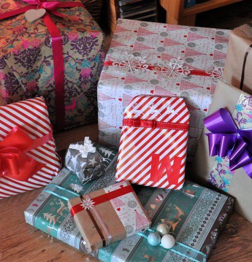 Pakowanie prezentów świątecznych, czyli jak zrobić dobre pierwsze wrażenie – 1