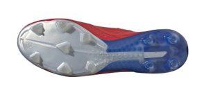 buty piłkarskie adidas podeszwa korki