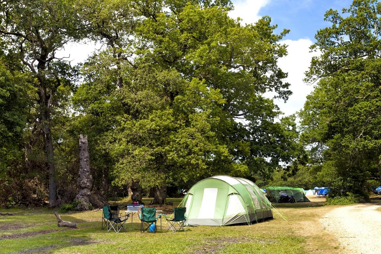 namiot-rodzinny-z-duzym-przedsionkiem-poradnik-zakupowy-przeglad-namiotow-high-peak-blog-sportbazar-baner.jpg