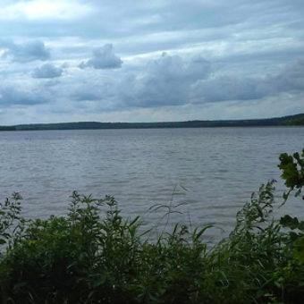 najlepsze-trasy-rowerowe-na-warmii-mazurach-podlasiu-trasa-rowerowa-wokol-jeziora-wigry-jezioro-wigry-300x300px